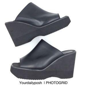 Vintage 90s/Y2K Bongo platform black slide sandals